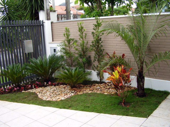 jardim-na-fachada-de-casa