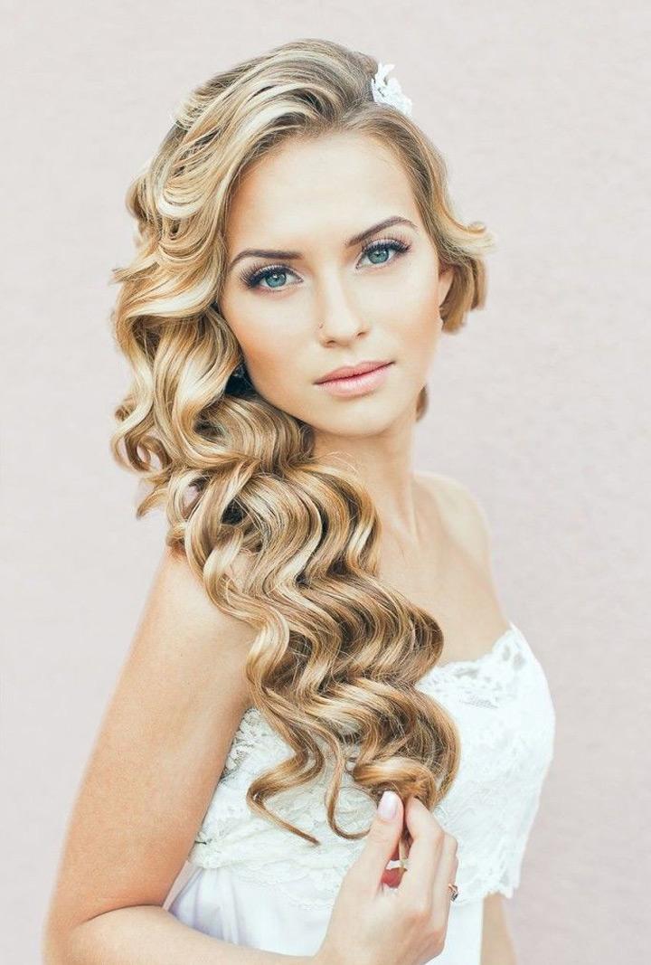penteados para noivas com trancas e que combinem com o rosto