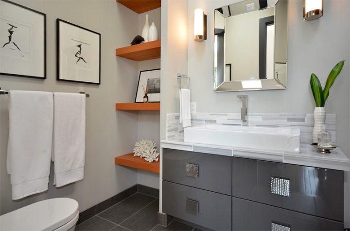 quadros-no-banheiro
