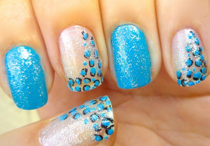 unhas-decoradas-de-oncinha-azul-8