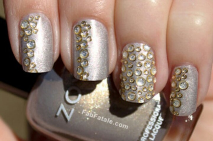 unhas-decoradas-de-strass-7
