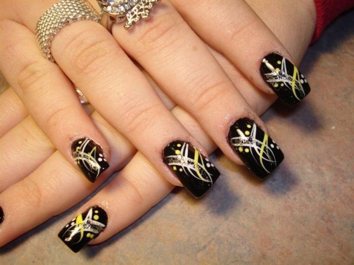 unhas-decoradas-pretas-12