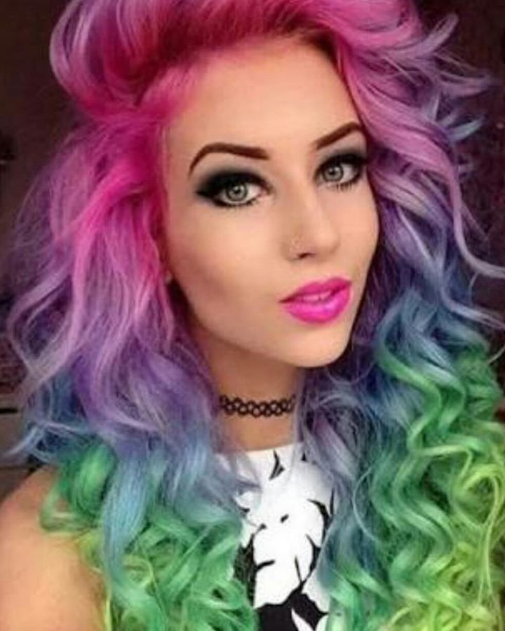 cabelos-cacheados-coloridos-8