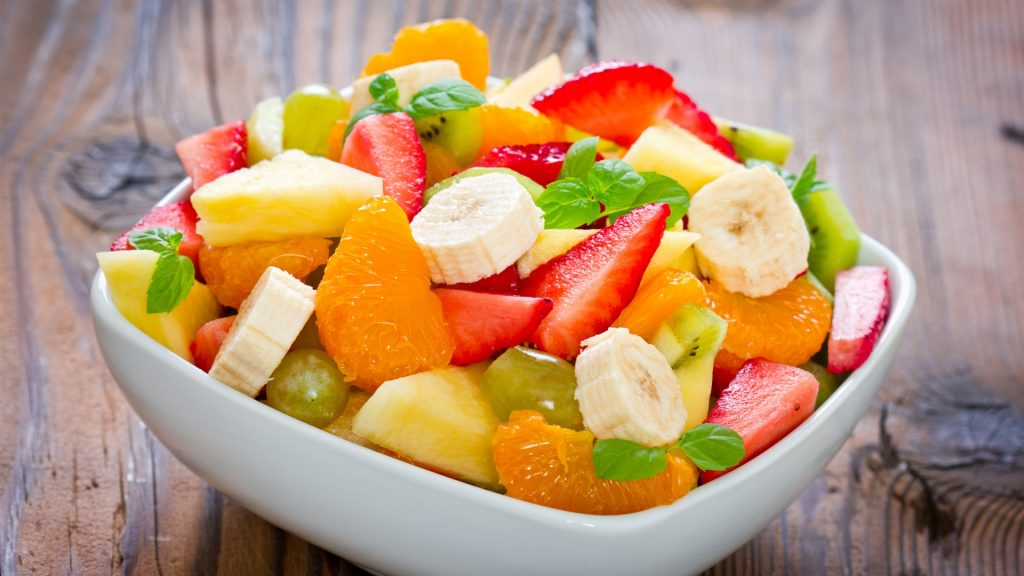 Dessert-fruit-salad-banana-tangerine-strawberry-pineapple-mint-leaves_1920x1080