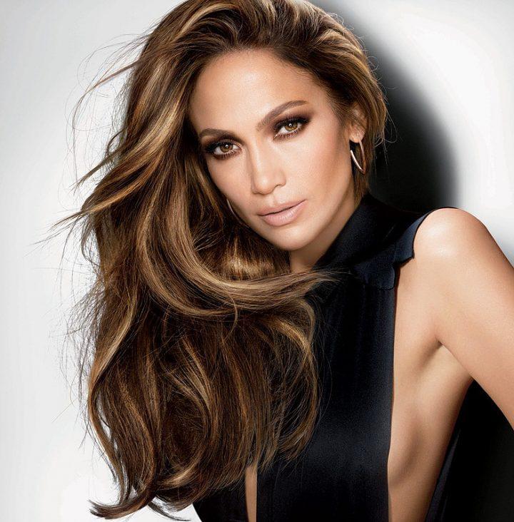 cabelos-com-luzes-longos