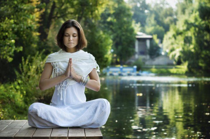 mulher-meditando-2