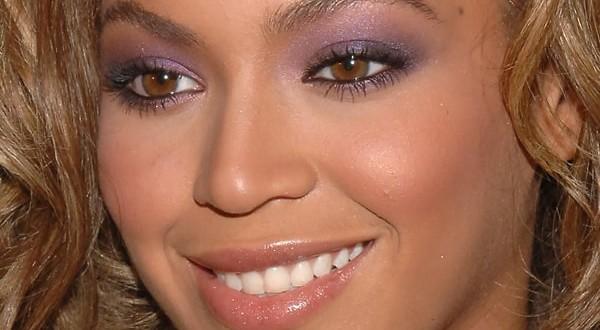 maquiagem-para-madrinha-de-casamento-18-600x330