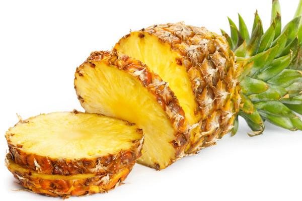 abacaxi-fatiado-para-fazer-dieta