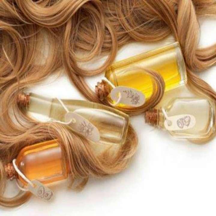 58d148de0 Óleos para passar no cabelo: conheça os 15 melhores!