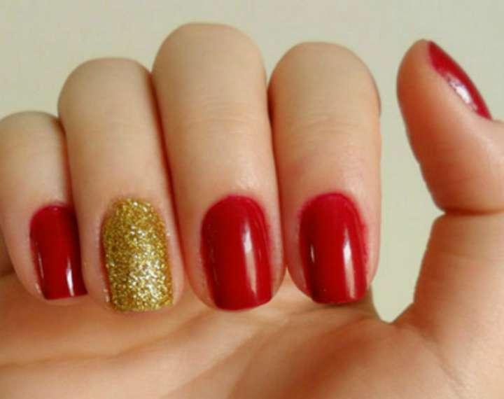 unhas-para-o-natal-simples-vermelho-e-dourado