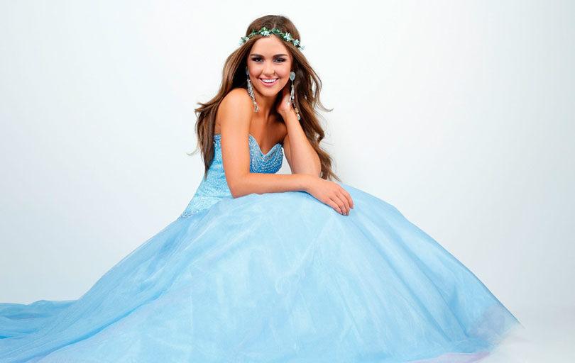 Vestidos de debutantes azul princesa