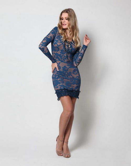 b74bf4078 Não deixe de contar para nós qual é o seu visual favorito e como você gosta  de usar seus vestidos rendados. Até a próxima!