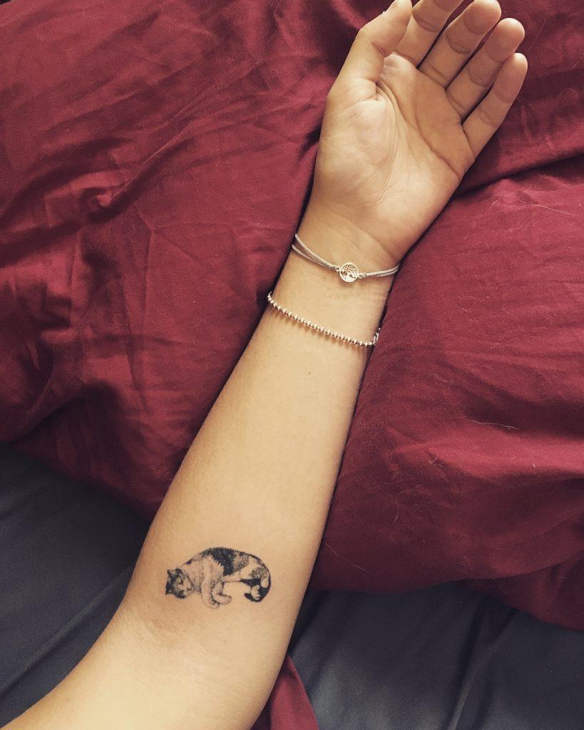Handpoke tattoo