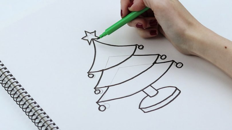 Como desenhar uma árvore de Natal