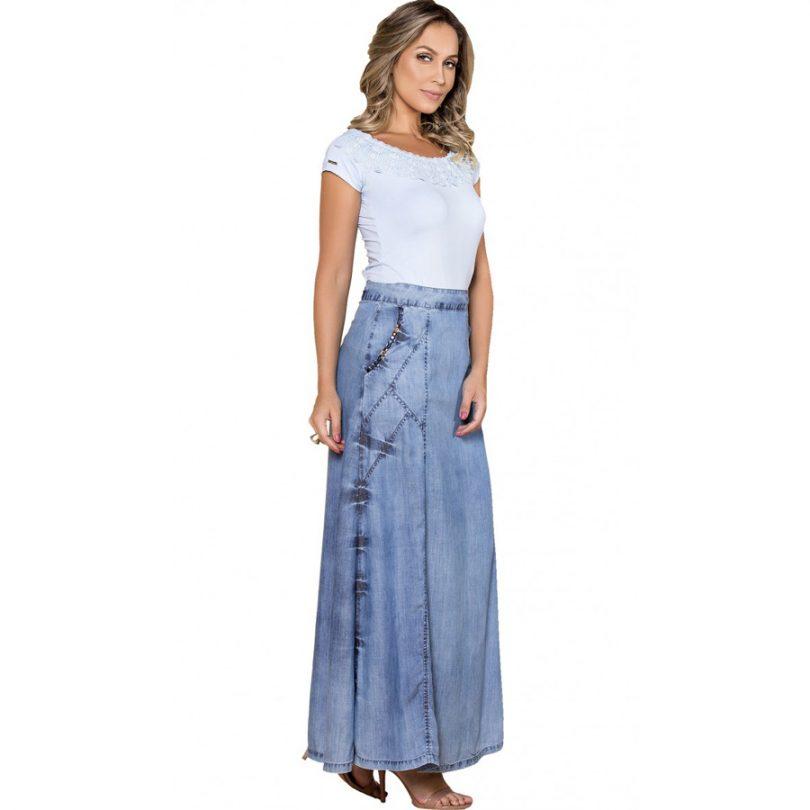 624fdf7d48 Saia longa jeans e 15 combinações lindas! - Tudo Ela