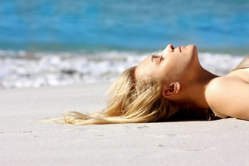 Como cuidar do cabelo na praia?