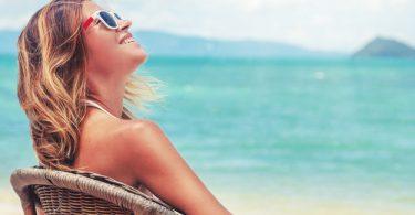 Como cuidar do cabelo na praia