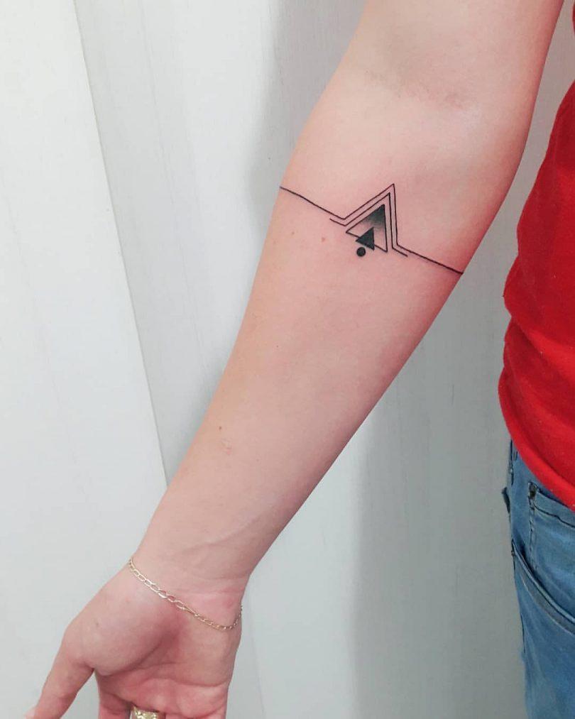 Tatuagem De Triângulo Saiba O Significado Dessa Arte Antes