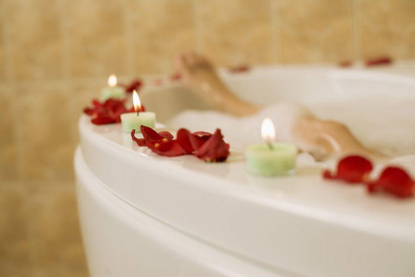 Como tomar um banho relaxante